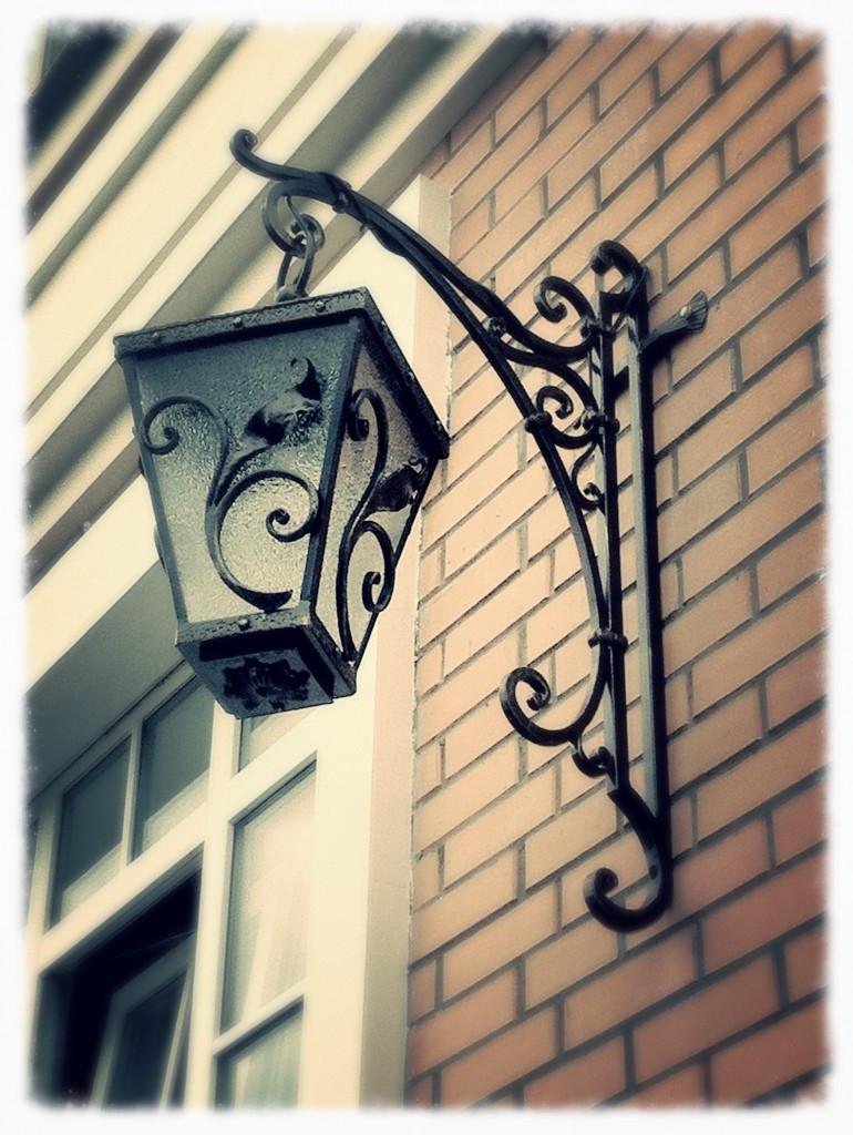 Кованые уличные фонари фото