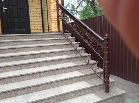 Ступени кованые лестницы