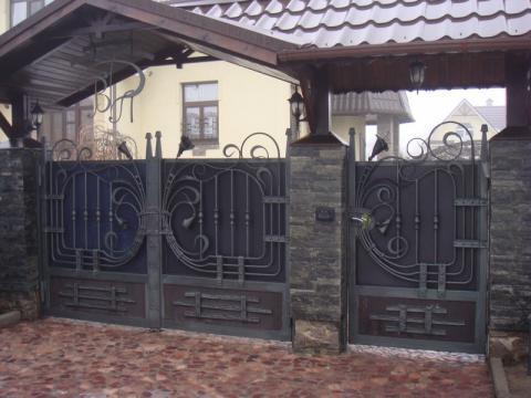 Кованые заборы и ворота фото
