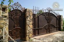 Купить недорогие кованые ворота