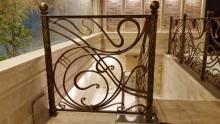 Купить кованые перила на лестницу