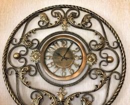 Кованые часы в Воронеже №35