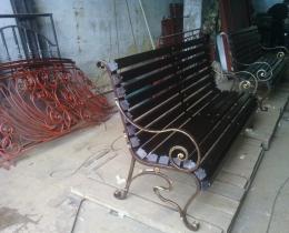 Кованые скамейки в Воронеже №145