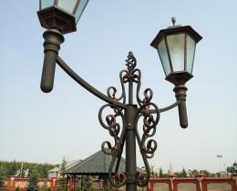 Кованые люстры, фонари, светильники, подсвечники №95