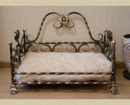Кованая мебель для питомцев №86