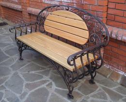 Кованые скамейки в Воронеже №2