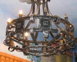 Кованые люстры, фонари, светильники, подсвечники №24
