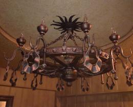 Кованые люстры, фонари, светильники, подсвечники №13