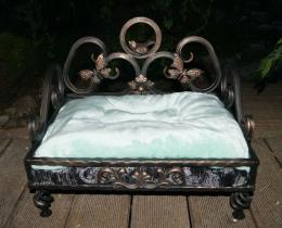 Кованая мебель для питомцев №101