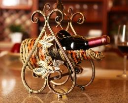Кованые винницы, подставки под вино №31