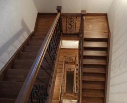Деревянные лестницы №8