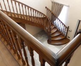 Деревянные лестницы №80
