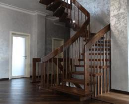 Деревянные лестницы №105