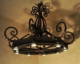 Кованые люстры, фонари, светильники, подсвечники №115
