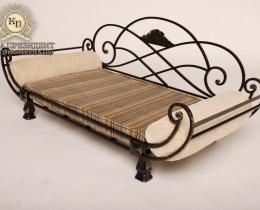 Кованая мебель для питомцев №26
