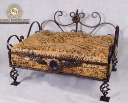 Кованая мебель для питомцев №59