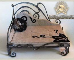 Кованая мебель для питомцев №71