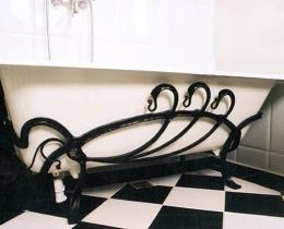 Кованые аксессуары для сантехнических комнат №69